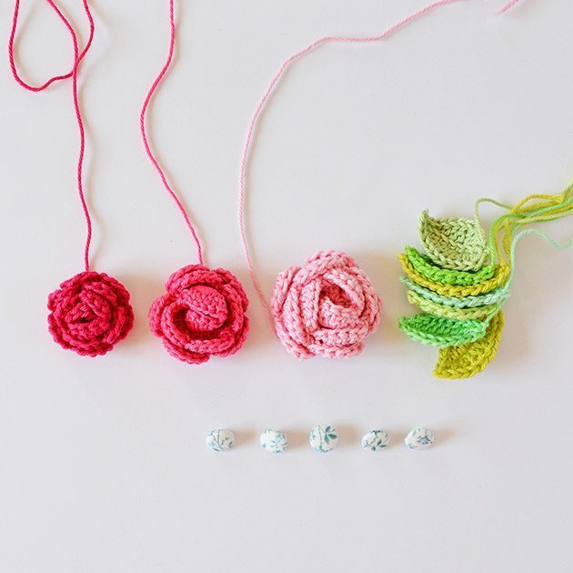 roseleavesbuttons