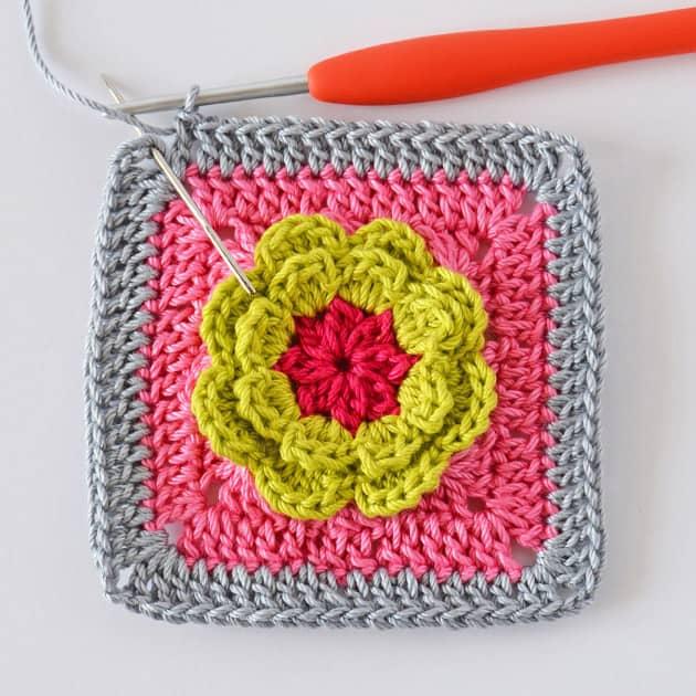 granny square free crochet pattern