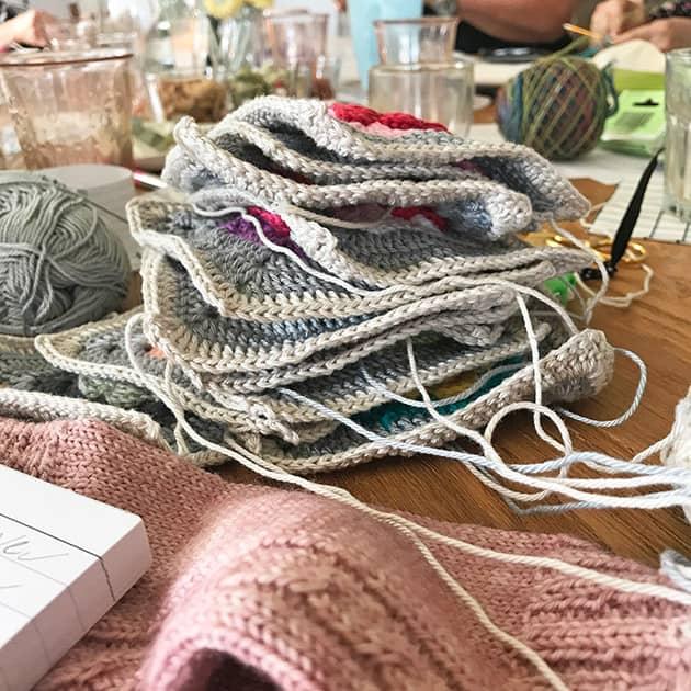 love garden crochet blankets
