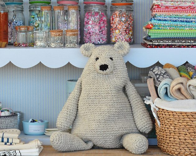 I am in LOVE with this little crochet teddy bear pattern! not sure ... | 501x630
